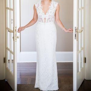 Pre-Owned Designer Wedding Dress  (BERTA)